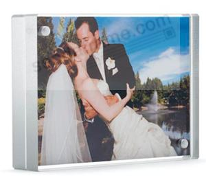 The original acrylic MAGNET FRAME with Metallic Silver edge by Canetti® - New Color Intro