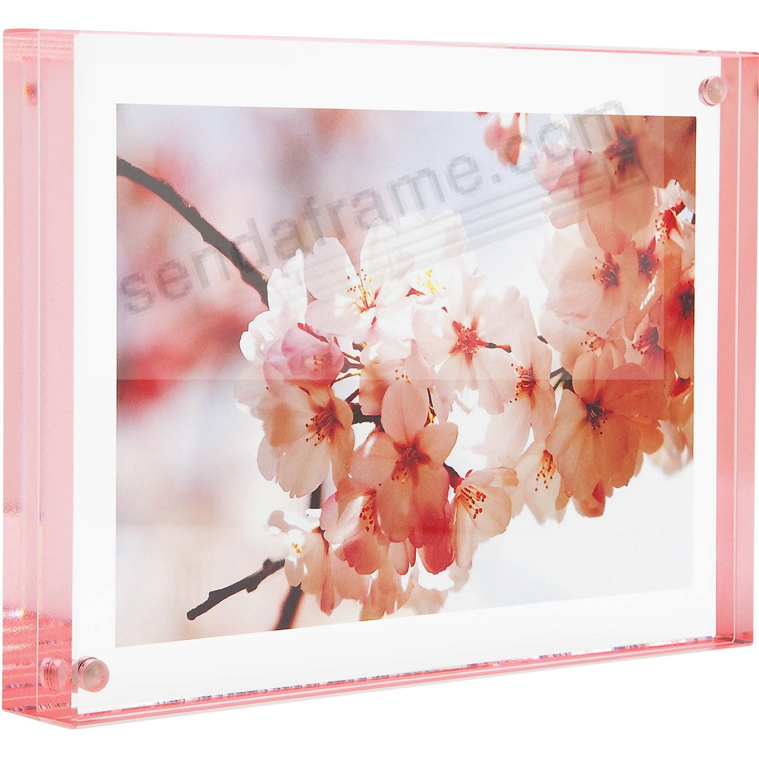 The original acrylic MAGNET FRAME with Pink Edge by Canetti®