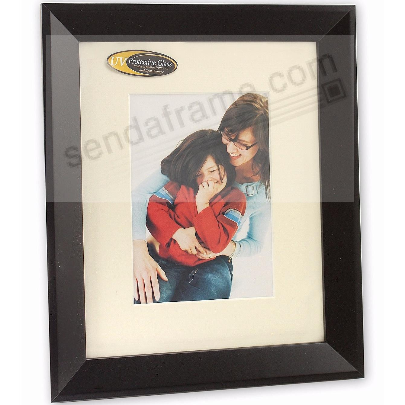 MONARCH matted Matte-Black wood frame 16x20/11x14 from ARTCARE® by Nielsen®