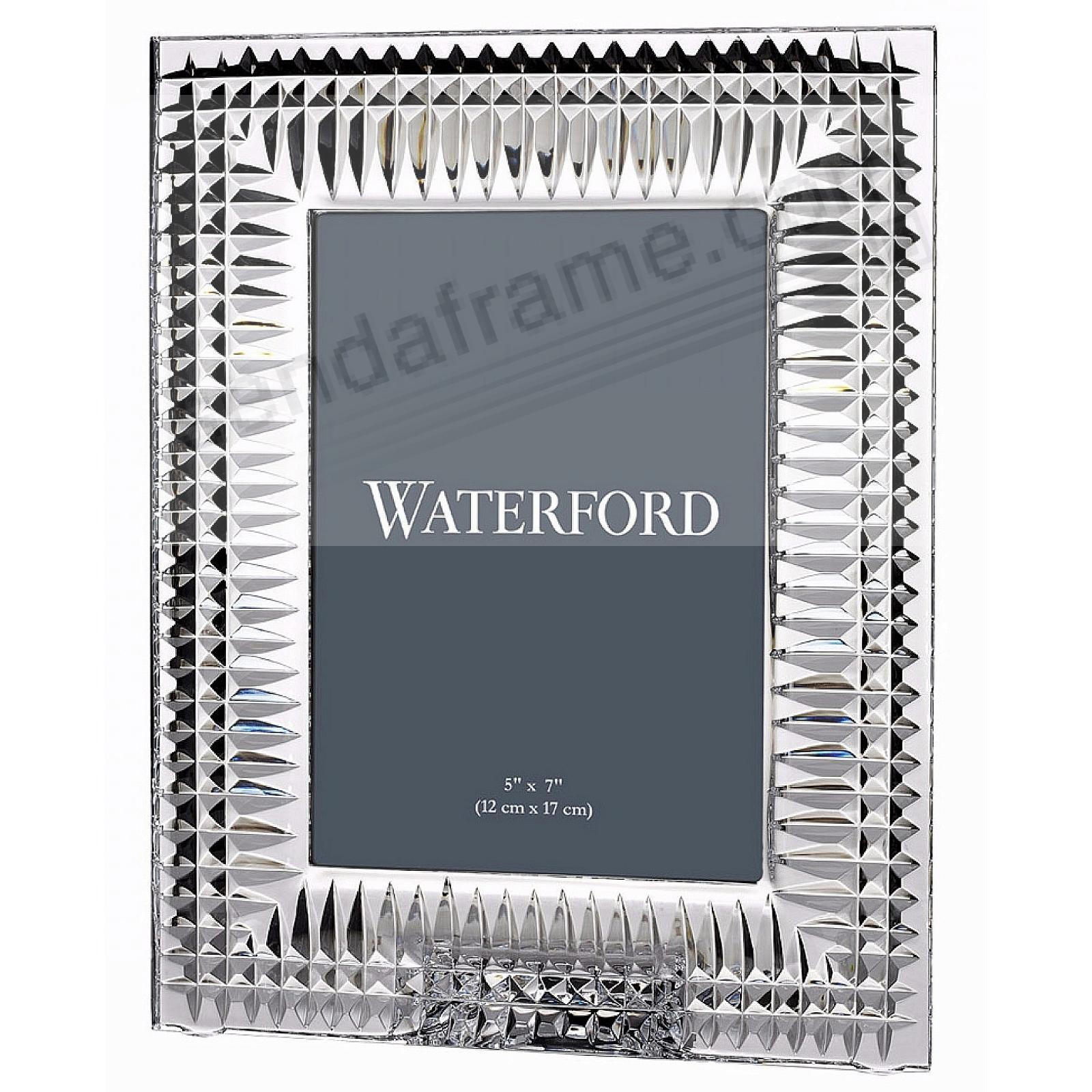 LISMORE DIAMOND crystal design by Waterford®