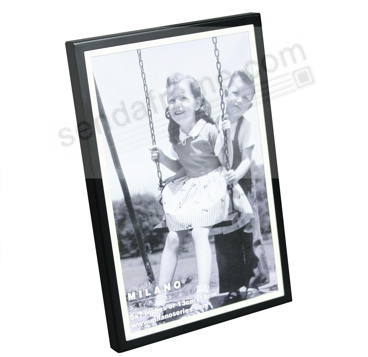 SOHO MAT frame in Black/white by Milano Series - Picture Frames ...