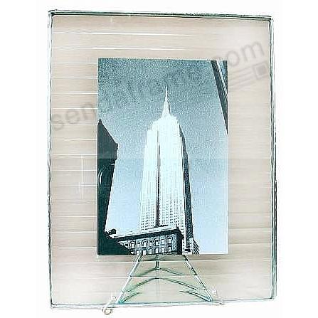 CROSSREED ½-in Pattern Glass Float Frame 5x6½/4x6 Silver by Bedford Downing®
