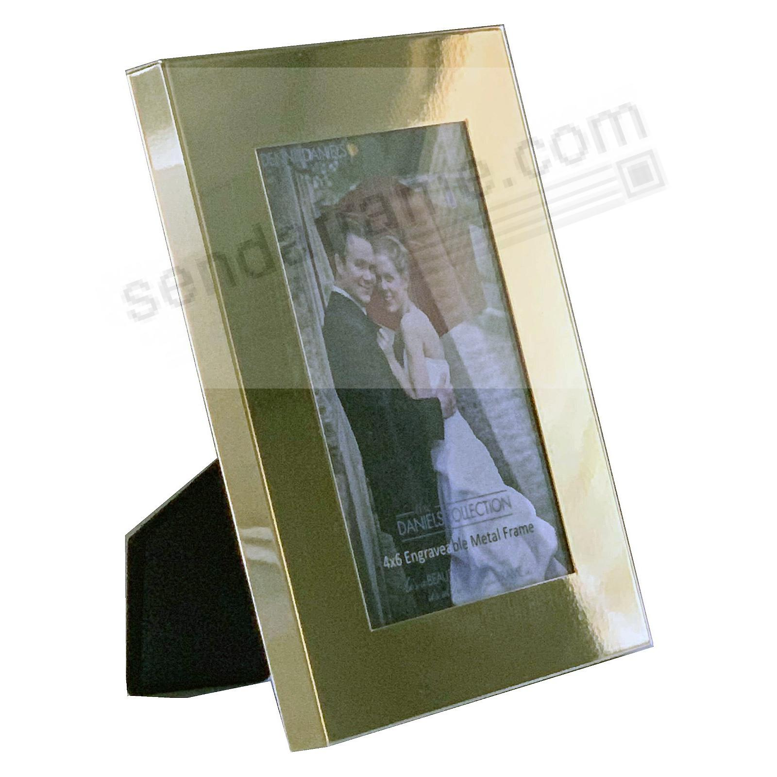 French Gold 1-in Border Polished & Engraveable 8x10 frame by Dennis Daniels®