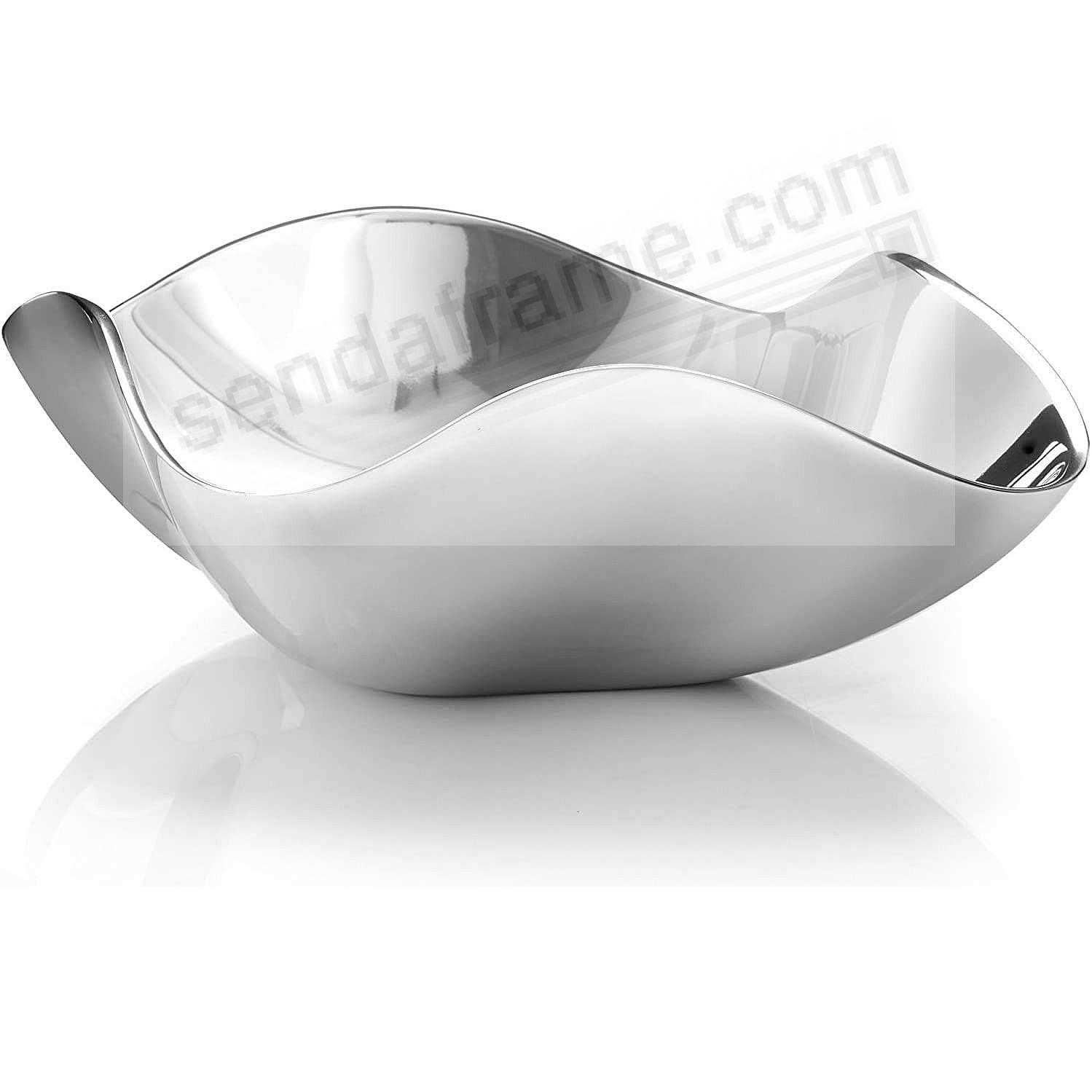 The VENUS OCEANA SERVING BOWL crafted by Nambe®