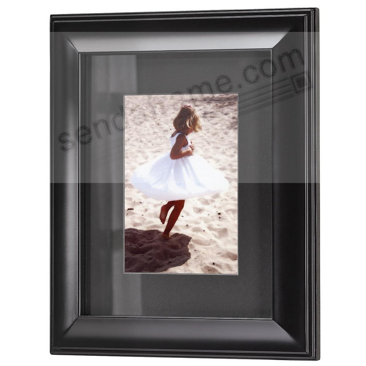 HUDSON Black-Matted Ebony-Black Wood frame 8x10/5x7 from ARTCARE® by Nielsen®