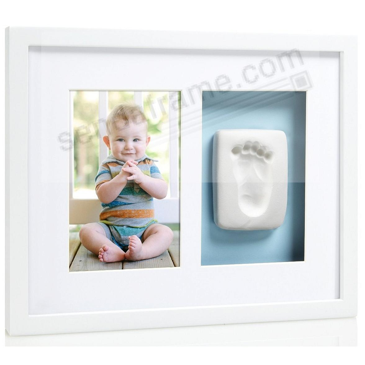 Babyprints® Boy/Girl Keepsake Kit White Oak wall presentation