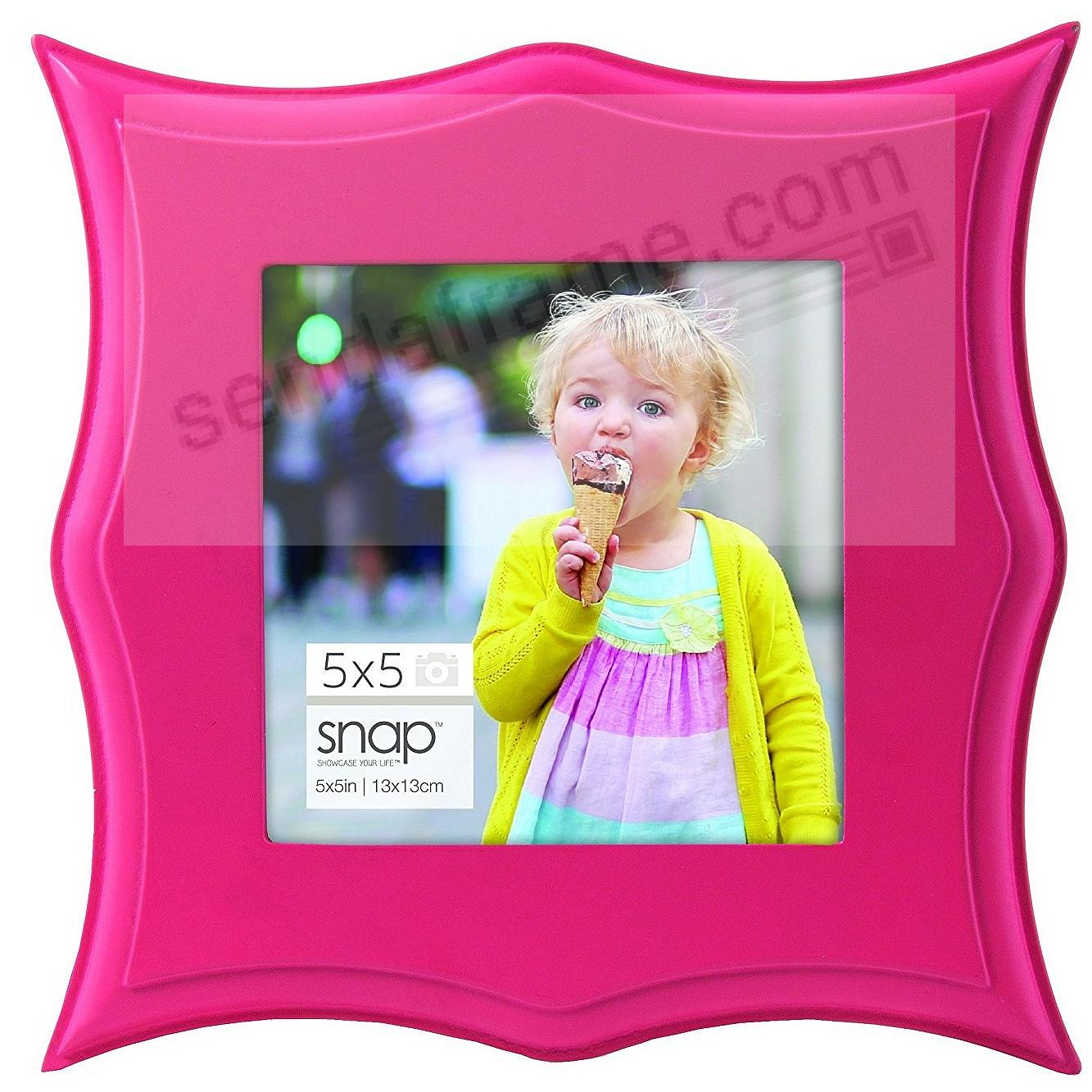 PINK POINTED SCALLOP 5x5 frame by SNAP®