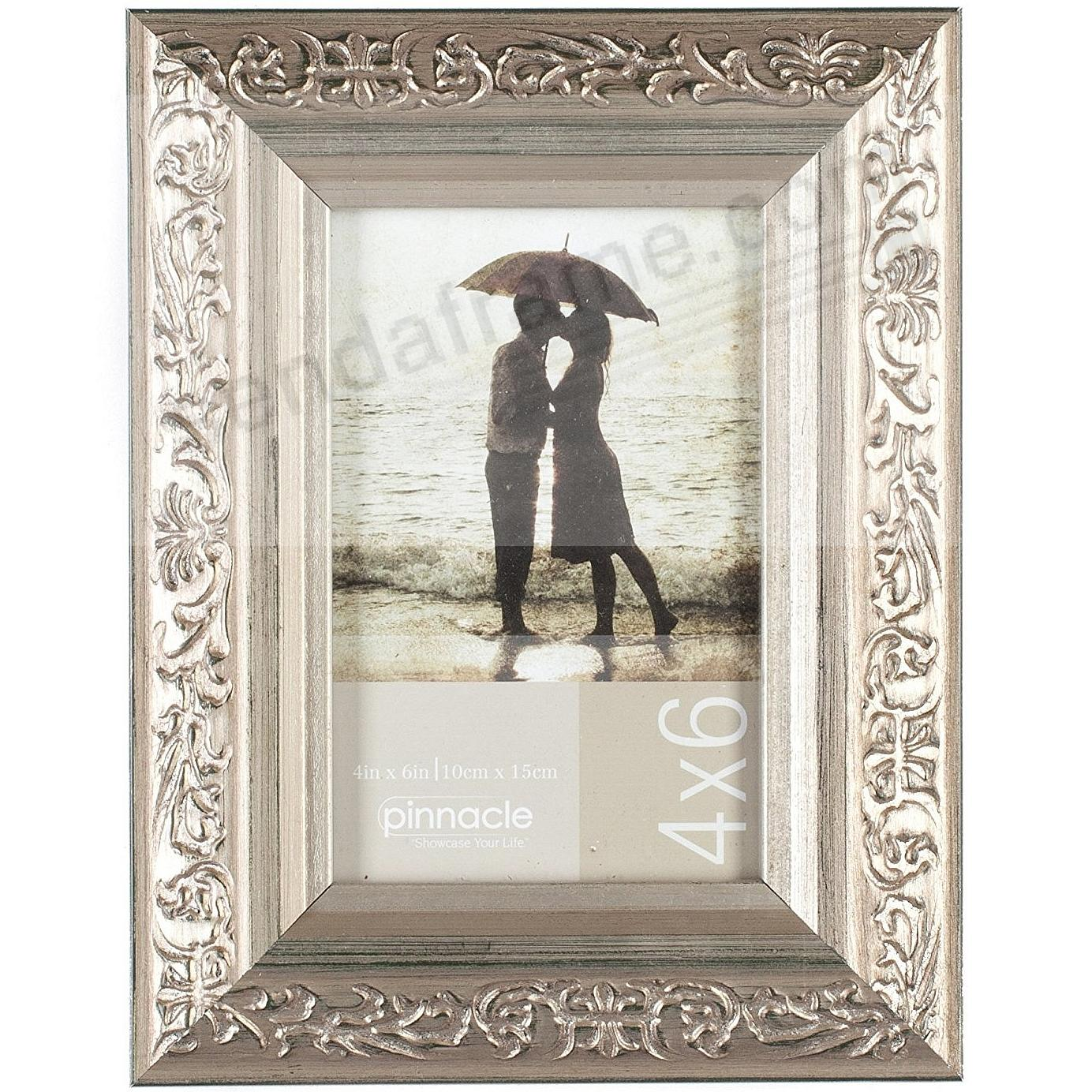 CHAMPAGNE ORNATE 4x6 frame by Pinnacle®