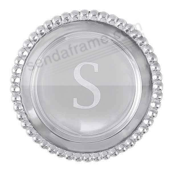 The original BEADED WINE PLATE Engraved -S- by Mariposa®