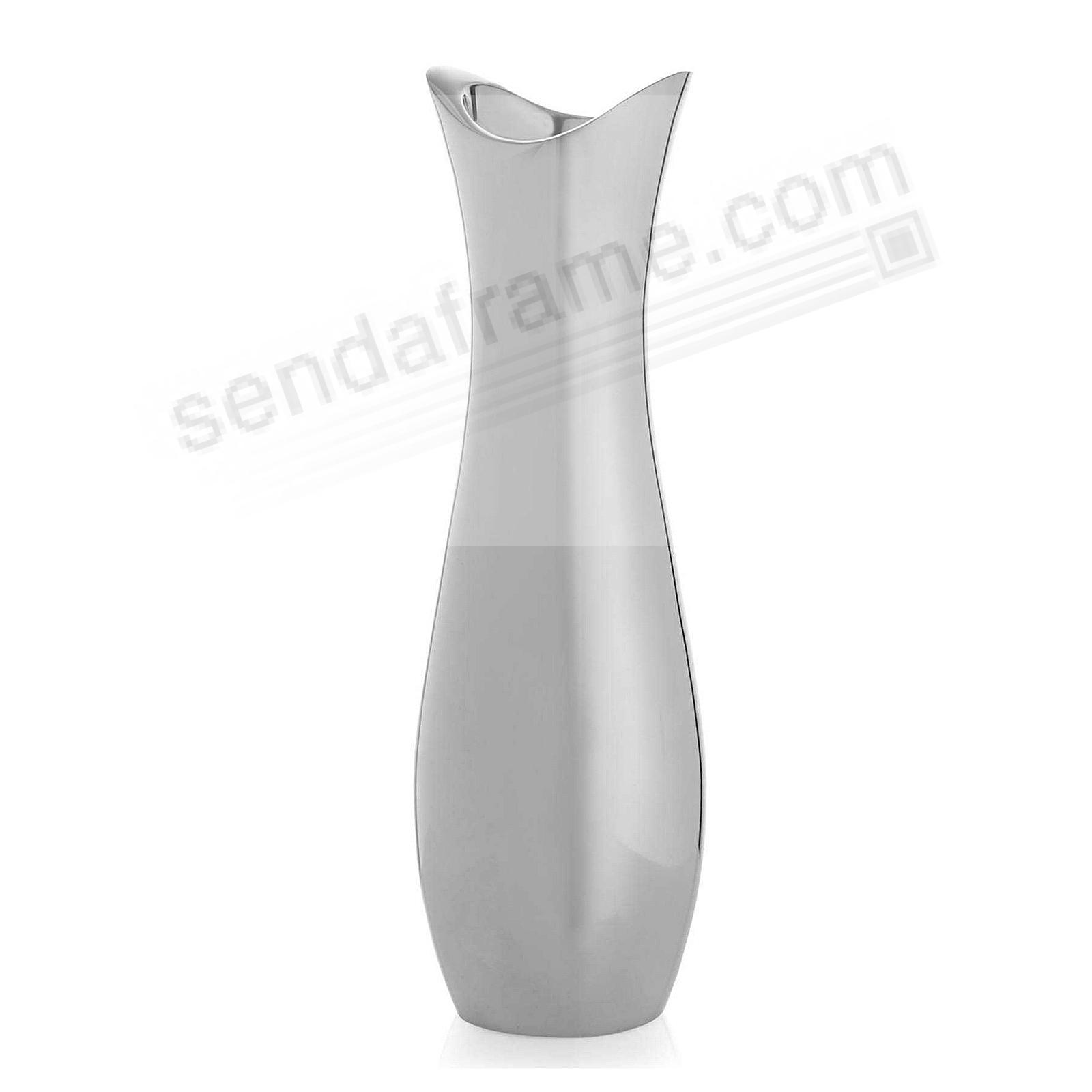 The STRYKER 9-in Vase by Nambe®