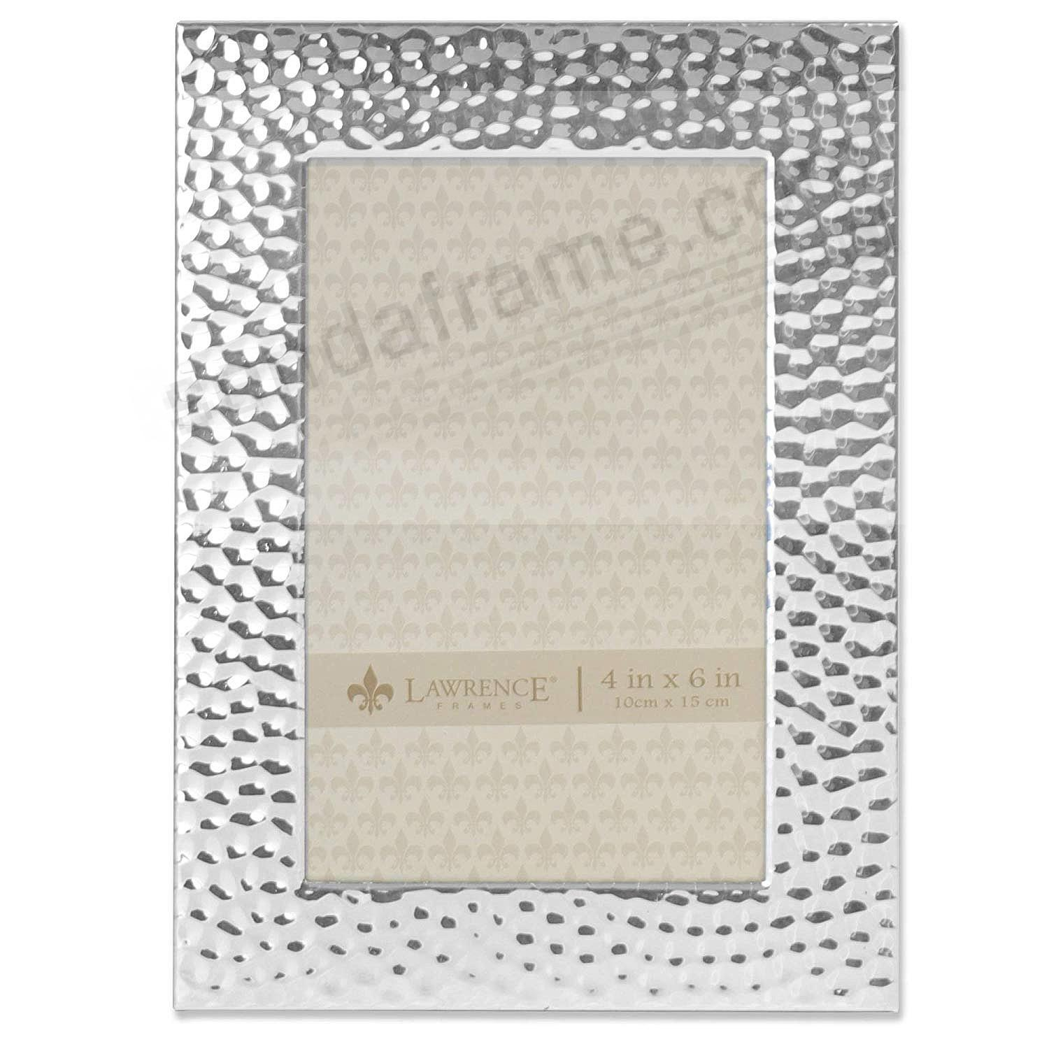 Hammered Silver finish 4x6 frame by Lawrence®