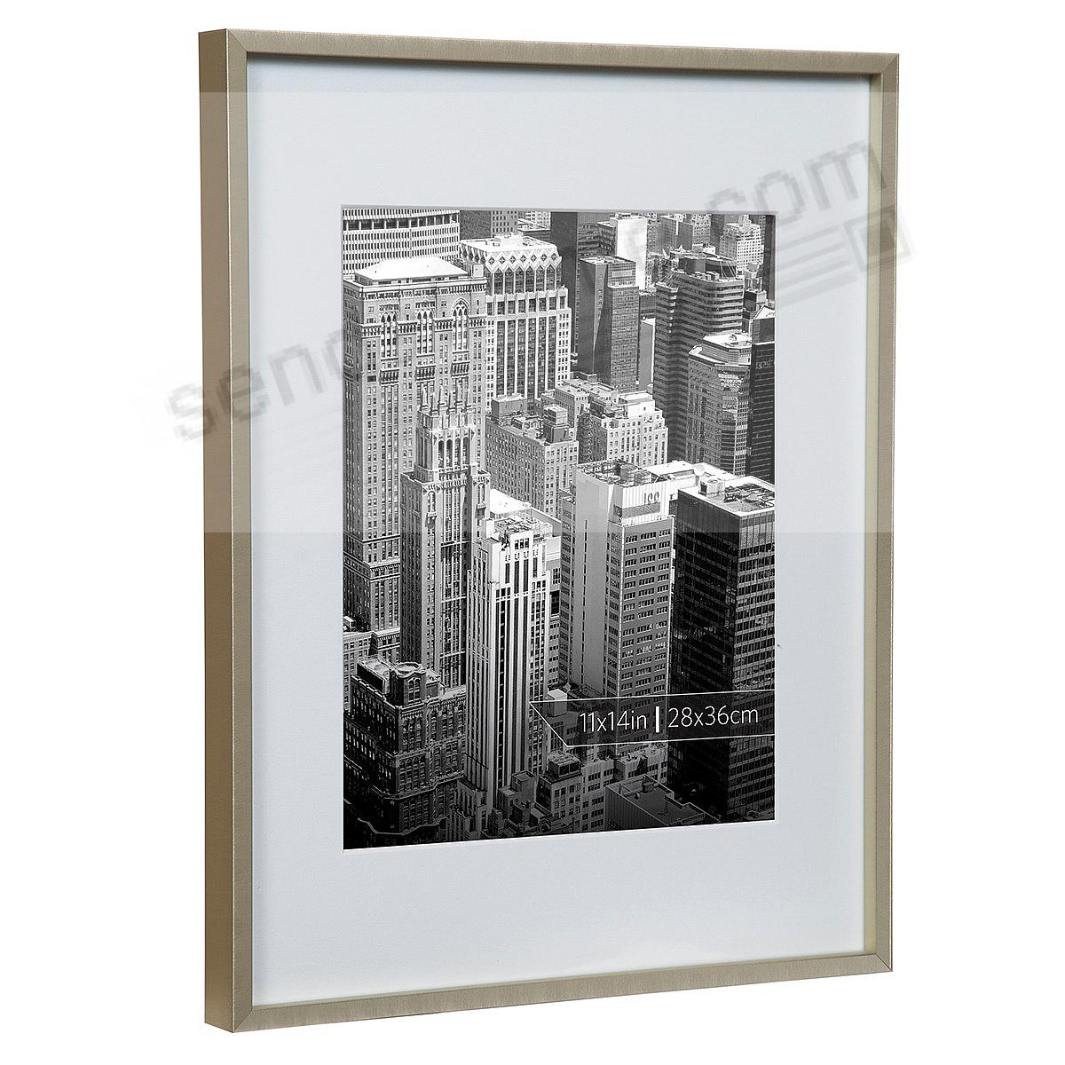ALPHA Metallic Gold w/White Mat 11x14/8x10 frame by Nielsen®