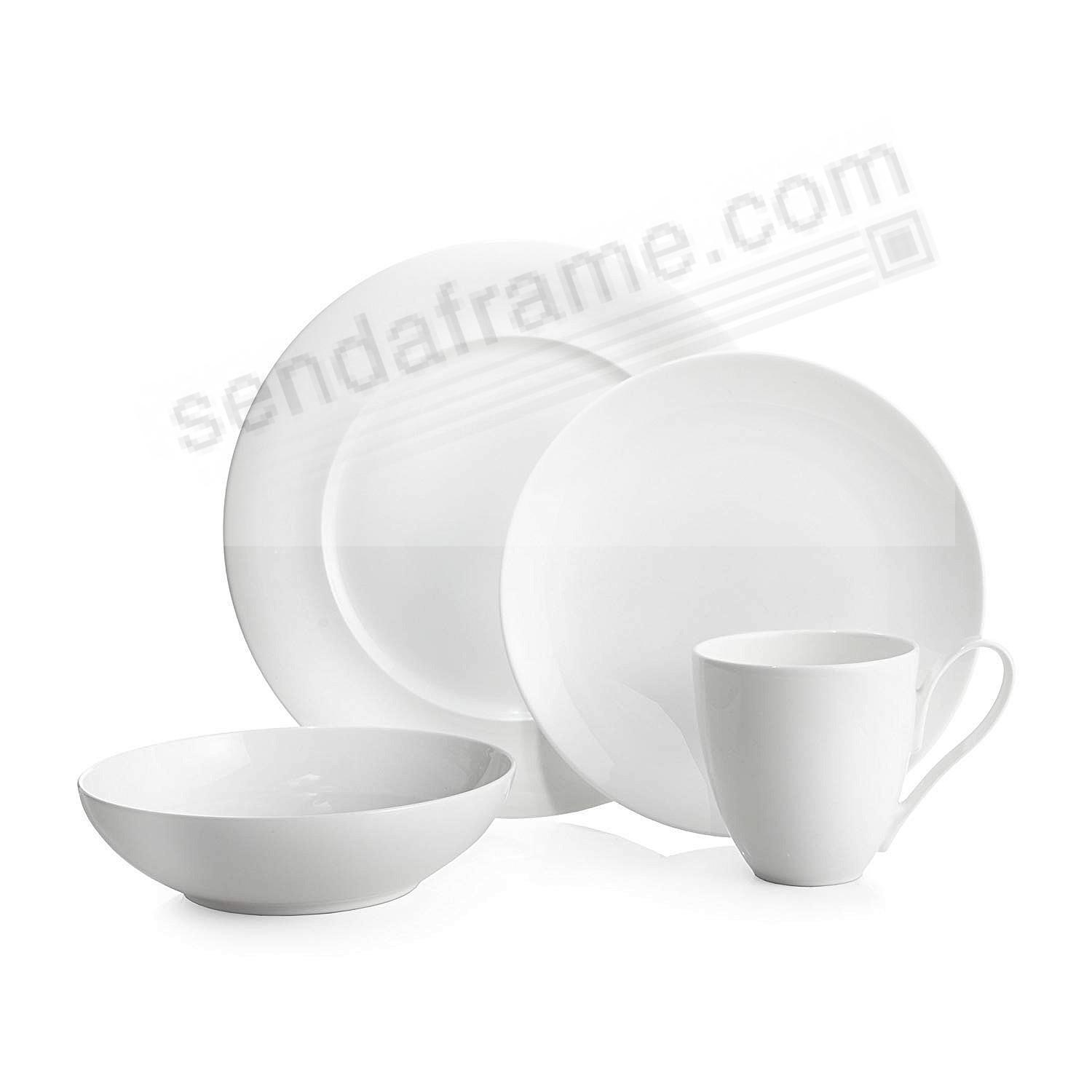 The SKYE DINNERWARE 4-PC SET crafted by Nambe®