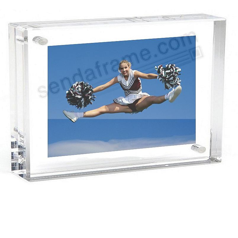 The Original Museum MAGNET FRAME 8x10 by Canetti®