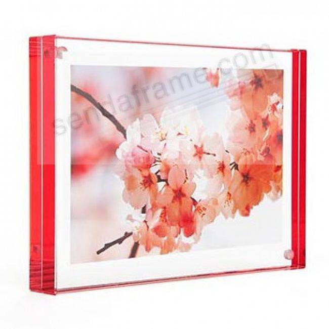 The original acrylic 'MAGNET FRAME' with red edge by Canetti®