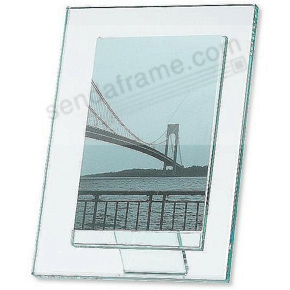 MODA solid glass 5x7 frame with pedestal back 'floats' your vertical photo