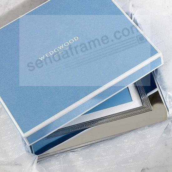 Signature Gift Box (sample)