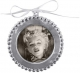 The BEADED ROUND ORNAMENT frame crafted by Mariposa�