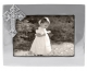 The original CROSS frame for 6x4 photos crafted by Mariposa�